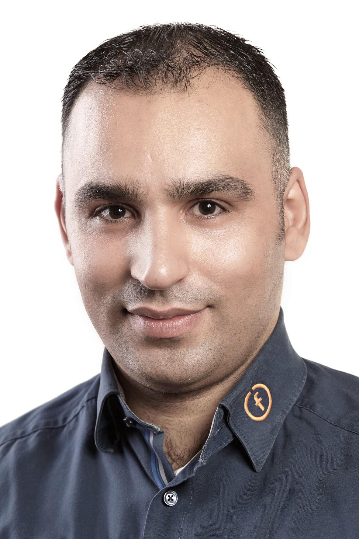 Muaz Almahmoud   IT-Consultant   IT-Consultant, Support